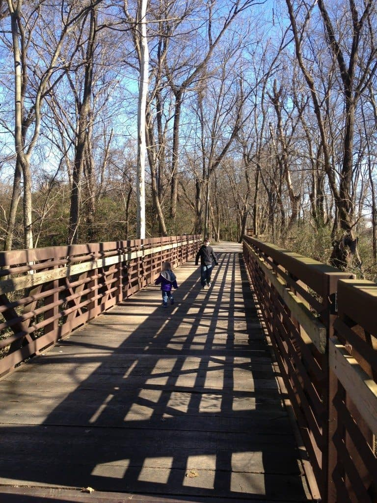 Shelby Bottoms Nature Center & Park boardwalk