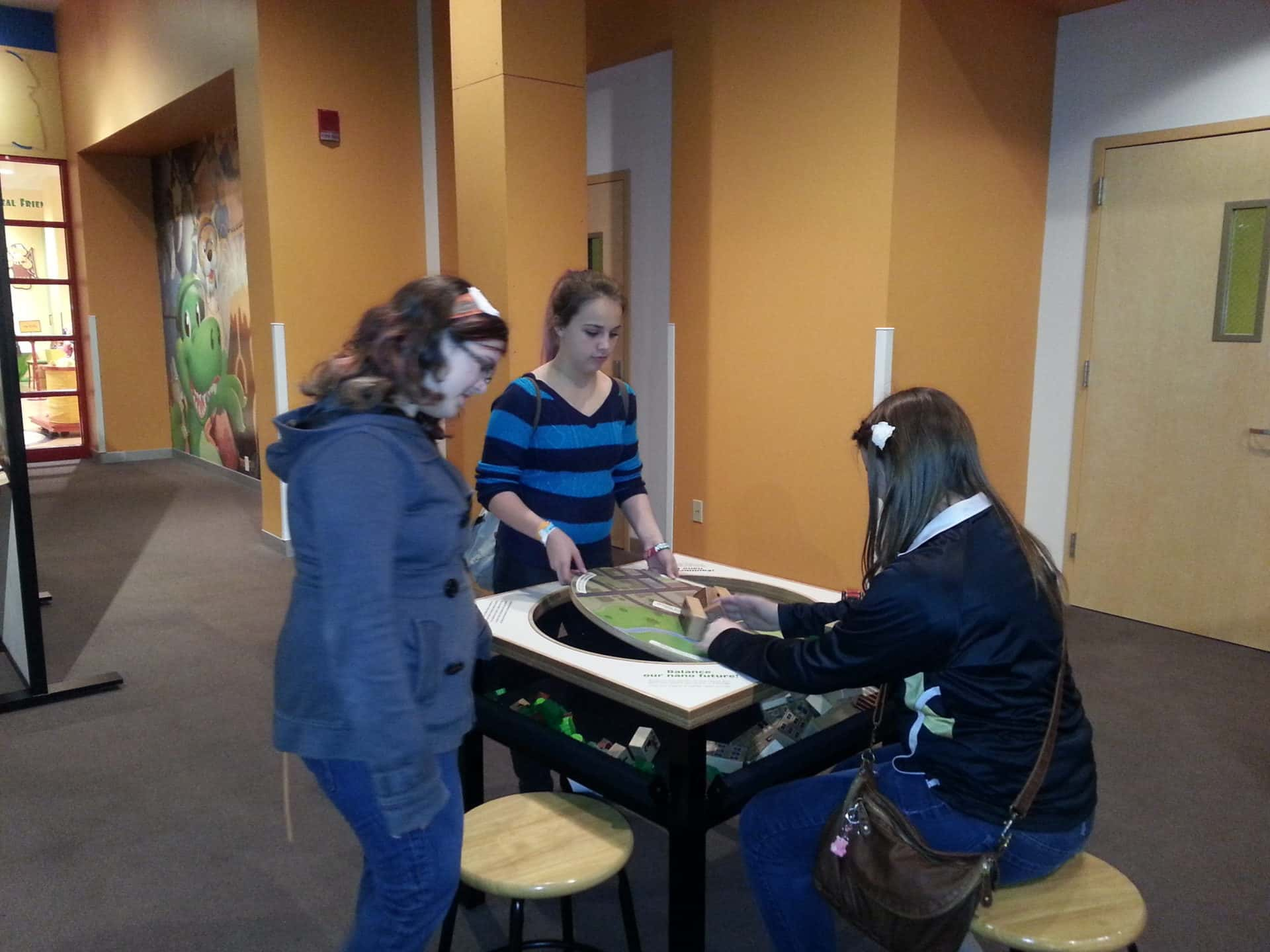 St Louis Science Center - tilting table