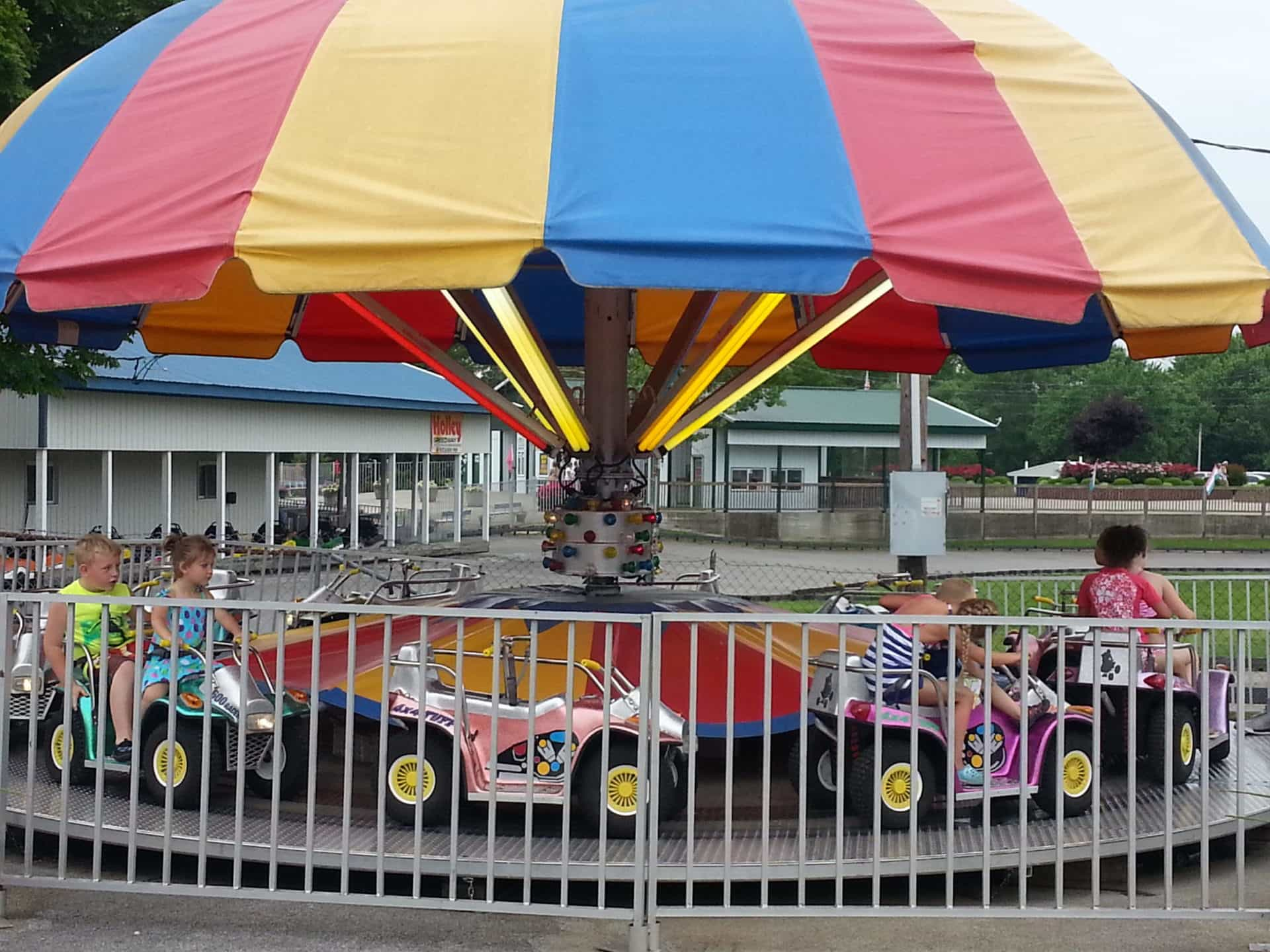 Beech Bend Park and Splash Lagoon - Cars for little kids