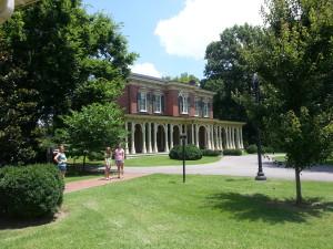 Holidays at Historic Homes in Nashville - nashville fun for families oaklands