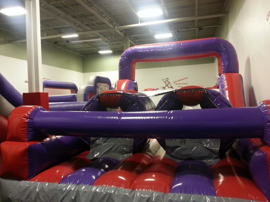 Bounce U - obstacle course