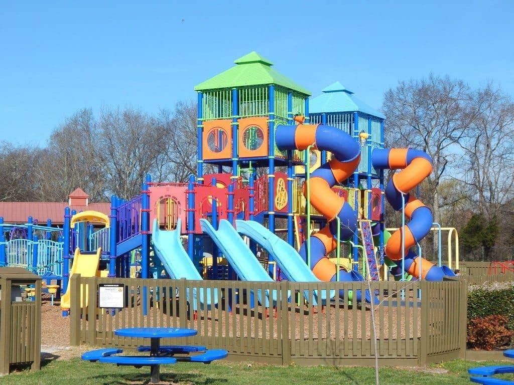 Charlie Daniels Park - Planet Playground