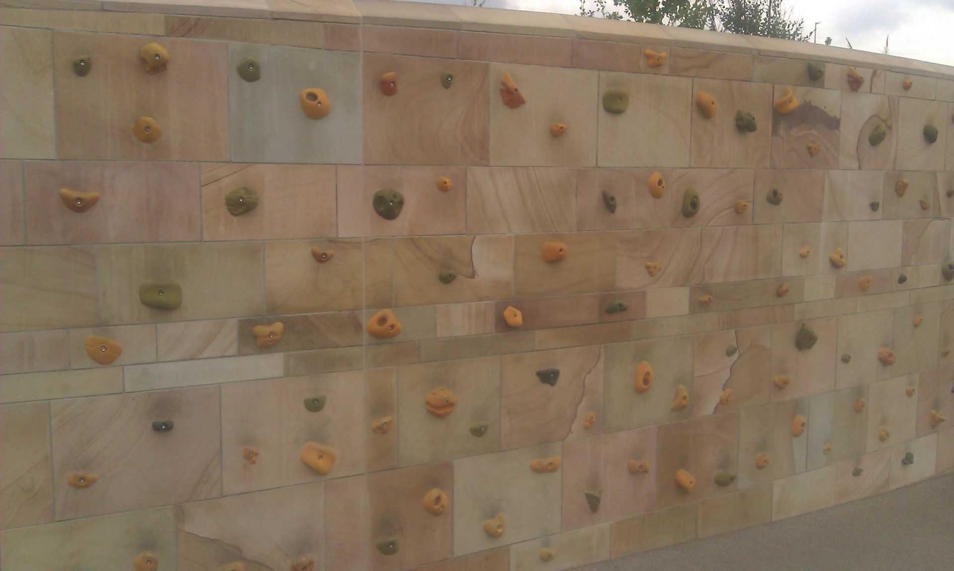 Cumberland Park - Climbing wall