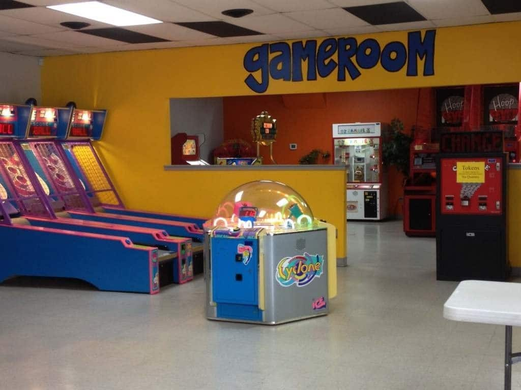 Nashville fun for families - Cedar Creek - game room