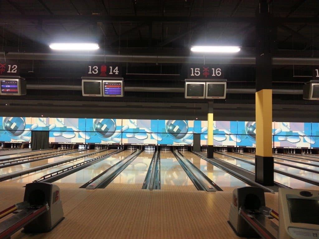 LTA Bowling lanes