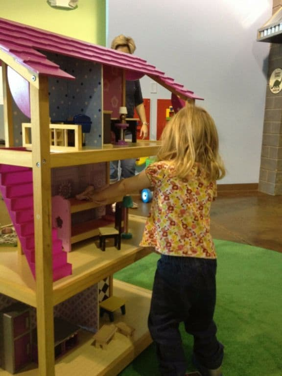 Monkey's Treehouse doll house