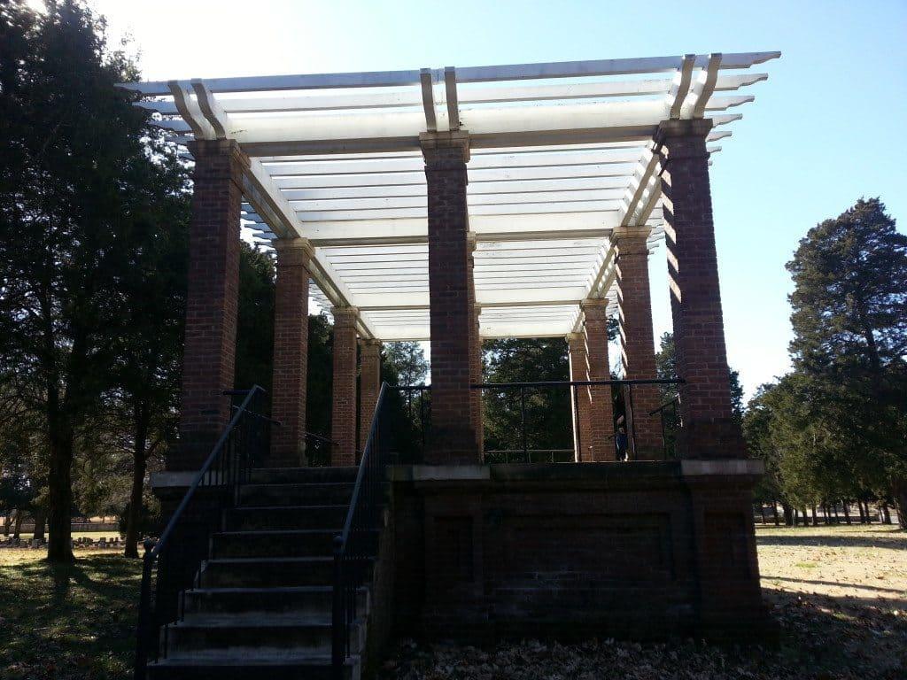 Stones River Battlefield pavilion