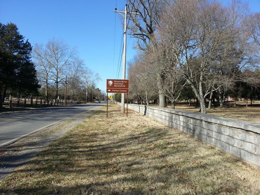 Stones River Battlefield roadway signs