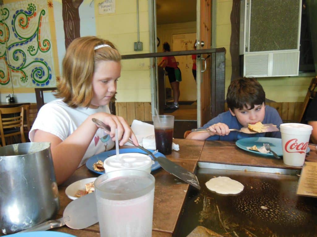 Nashville fun For families - pfunky griddle - making pancakes