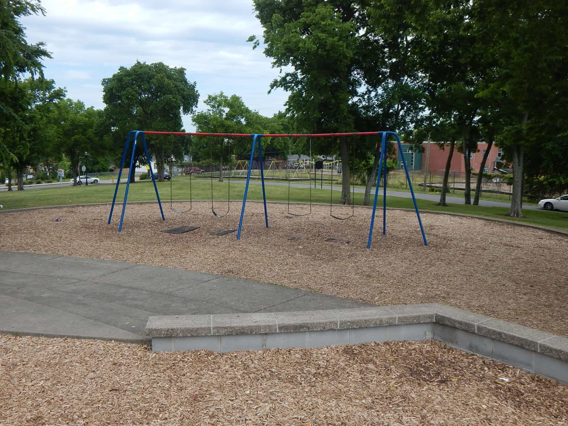 South Inglewood Park and Community Center - Swings