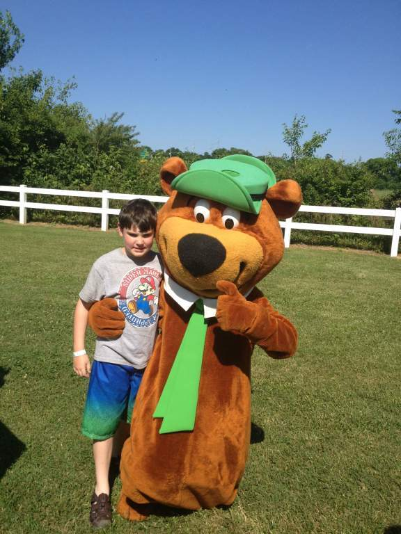 Nashville fun for families - jellystone park - yogi