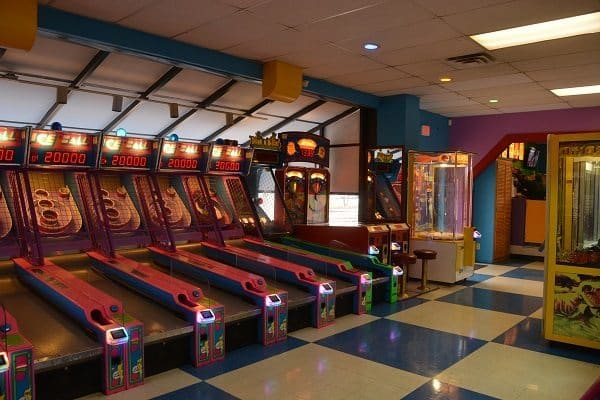 GO USA Fun Park - skee ball