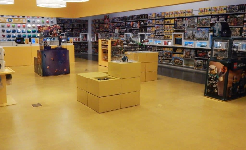 Opry Mills Mall - Lego Store