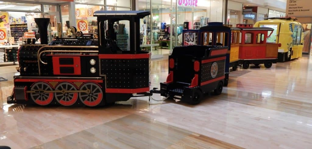Opry Mills Mall - Loco Motives train ride