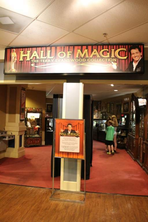 NFFF - WonderWorks - magic enterance