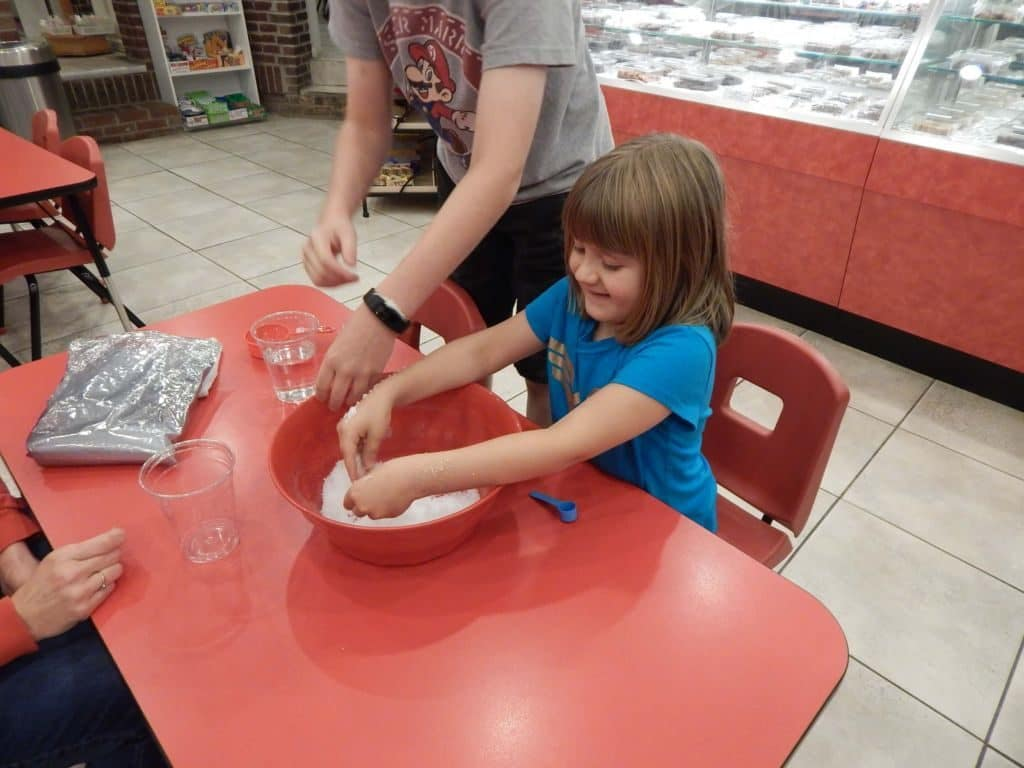 Candy Castle Making Snow 4