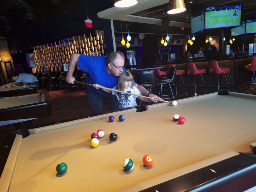 kings bowl pool table