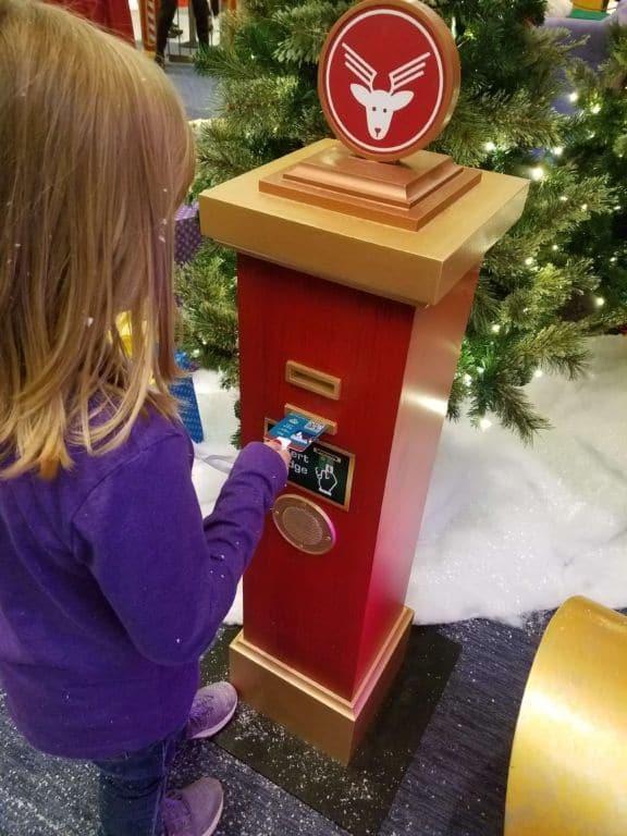 Santa's Flight Academy - using the badge