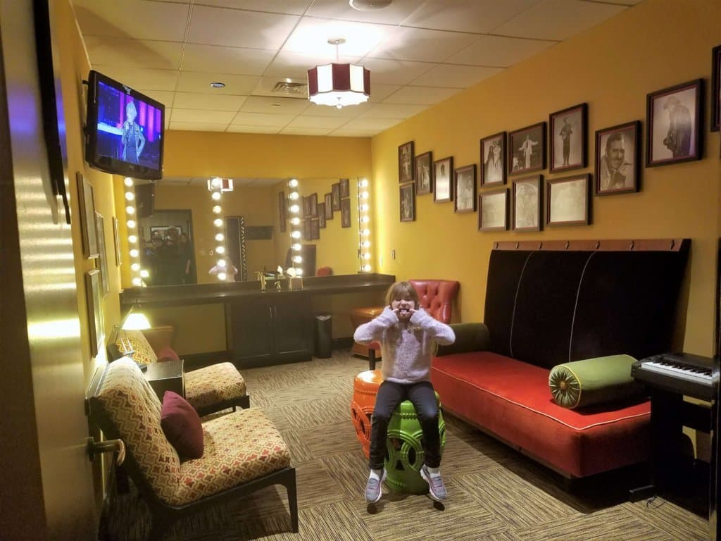 Grand Ole Opry - comic dressing room