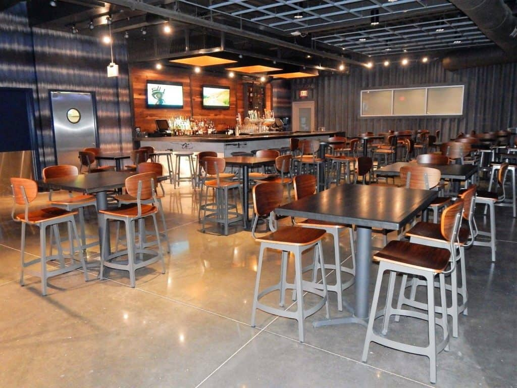 Topgolf Nashville - bottom floor lounge
