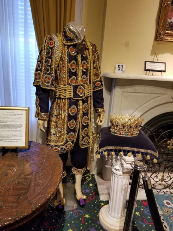 Mobile Carnival Museum Mardi Gras King's suit and crown
