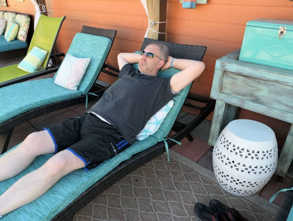 Margaritaville Island Hotel Pigeon Forge - relaxing in the pool cabana