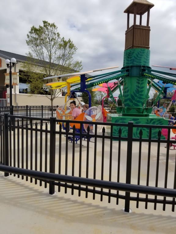 The Park at OWA Flying Aces ride