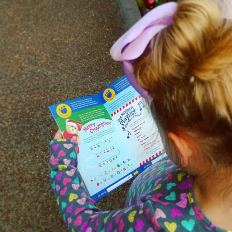 Gaylord Opryland's Build-a-bear workshop scavenger hunt - solving clues to find the bears