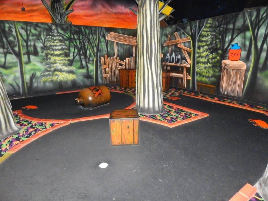 Wilderness at the Smokies - indoor mini golf