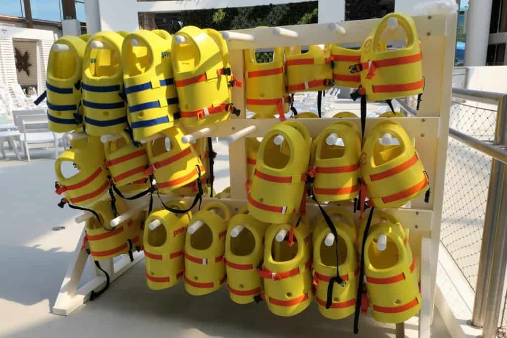 Soundwaves indoor life jackets