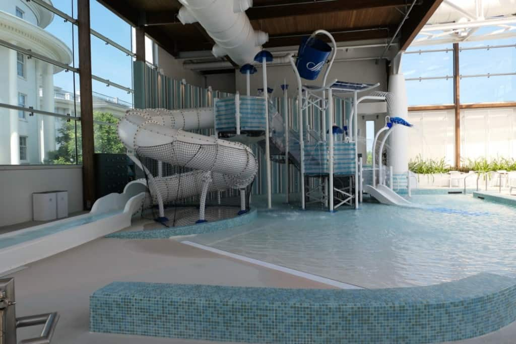 Soundwaves indoor water playground