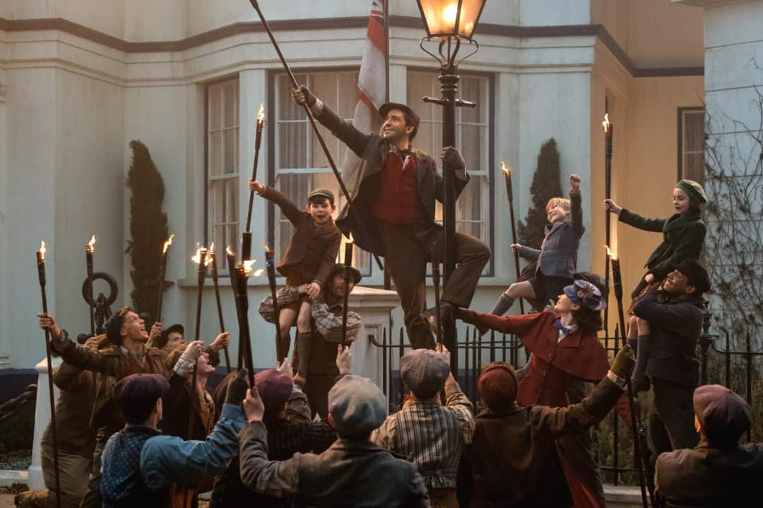 Mary Poppins Returns - street cleaners dancing