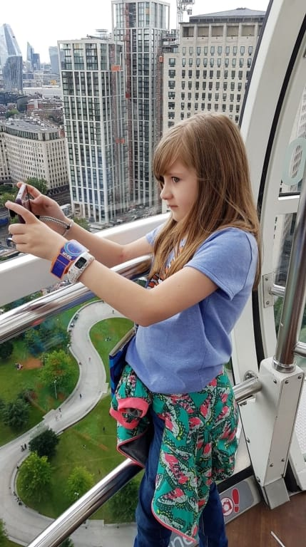 Taking pictures in the Pod of the London Eye